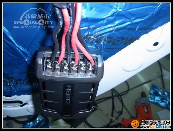 低调华丽 深圳非常城市丹拿 欧迪臣 赫兹改装丰田锐志音响高清图片